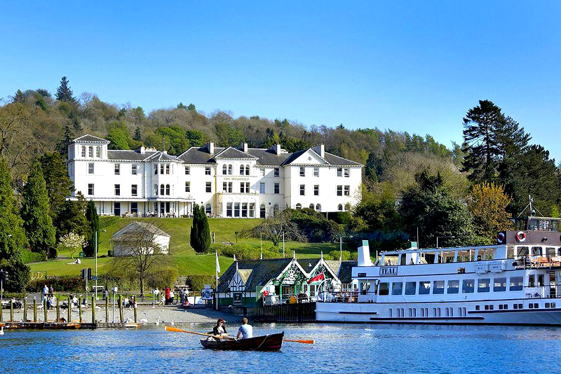Lake District: Luxury Cruise Stay
