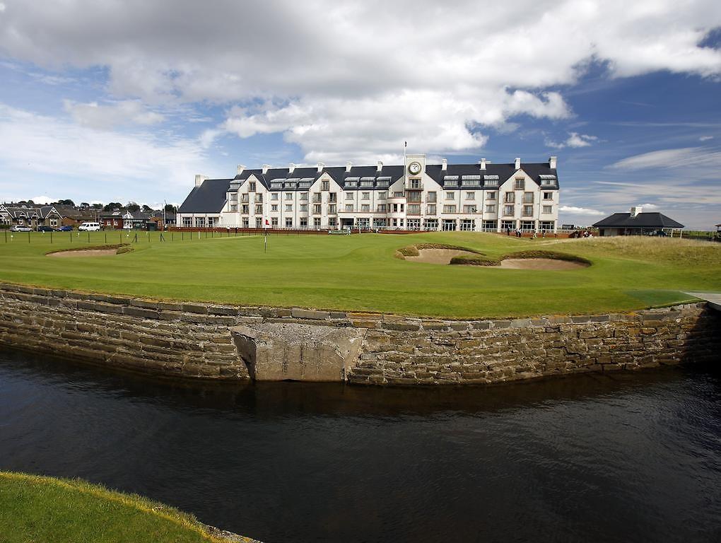 Dundee: Luxury Golf & Spa break + 3 Course Dinner