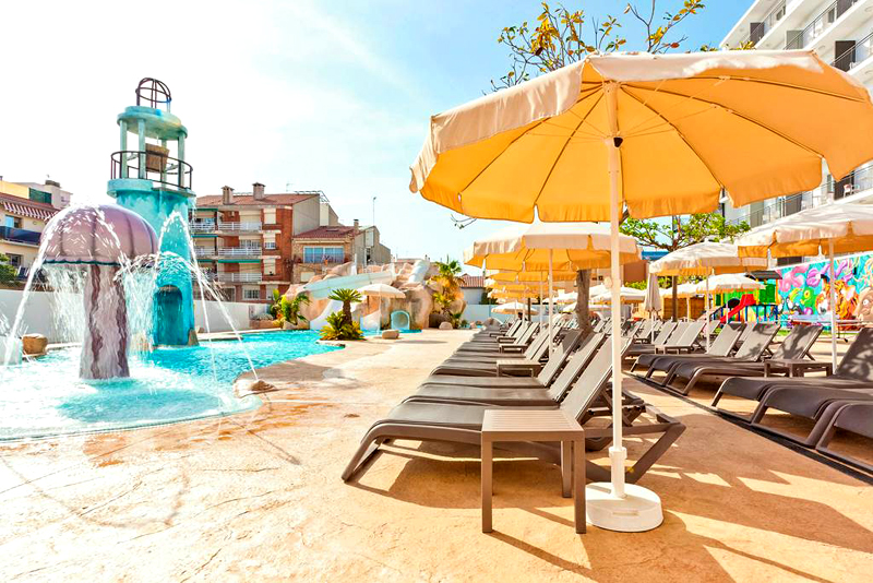 Costa Brava: 4 Star All Inclusive