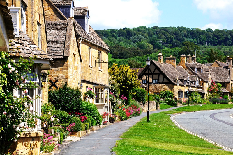 Cotswolds: Shopping & Stay