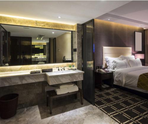 Deluxe Hotel Stay winning bidder
