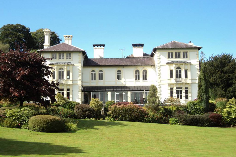 South-West Wales: Country Hotel